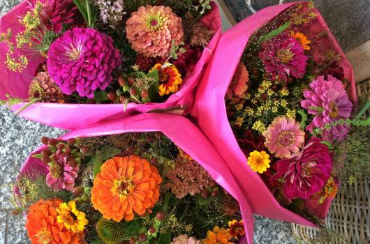 Sags mit Blumen